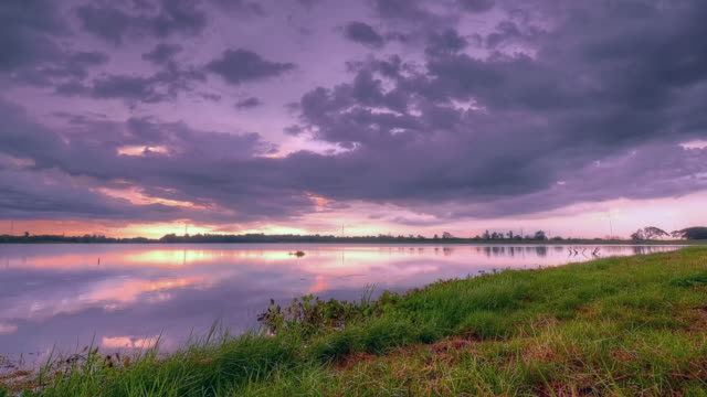 stockvideo's en b-roll-footage met twilight sunset with cloud motion at lake - hdri landscape