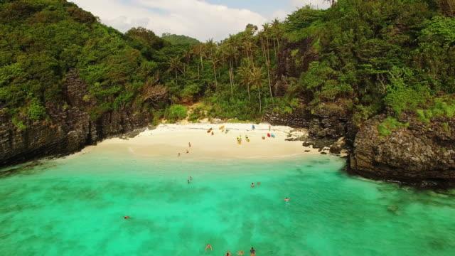 dwie plaży w ko phi-phi, tajlandia nie - tajlandia filmów i materiałów b-roll