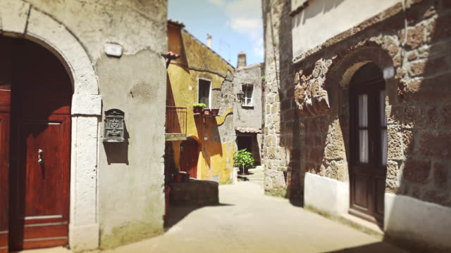 Typical Alley in Pitigliano, Tuscany video