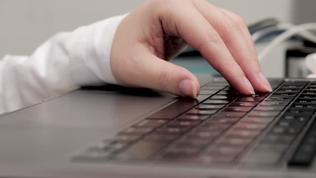 Typing 5