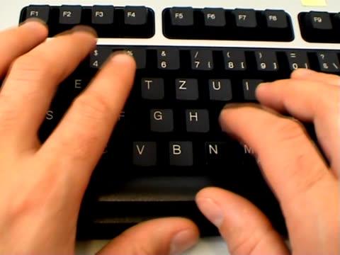 パスワードの入力 - 文字記号点の映像素材/bロール