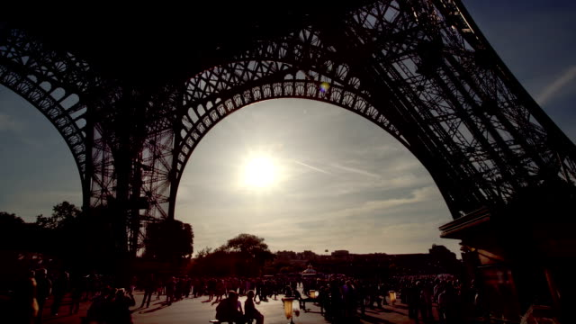 Under the Eiffel tower at sunset video