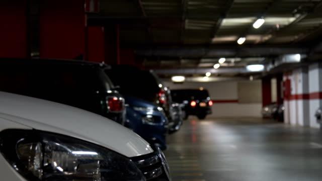stockvideo's en b-roll-footage met ondergrondse parking, garage. ondiepe dof - parkeren