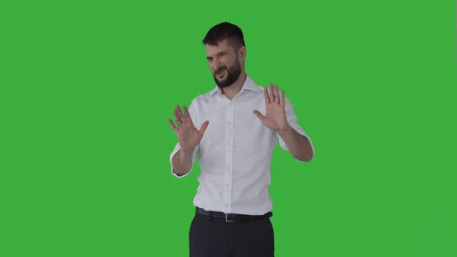 unhappy businessman gesturing no - negacja filmów i materiałów b-roll