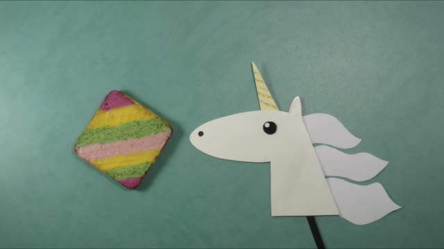 Unicorn and cake sweet vibes stop motion animation video