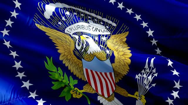 prezydent stanów zjednoczonych flaga wideo macha na wietrze. potus flaga, głosować na prezydenta seal wyborów biały dom flaga tło. stany zjednoczone wybory flaga zapętlanie zbliżenie 1080p full hd 1920x1080 - white house filmów i materiałów b-roll