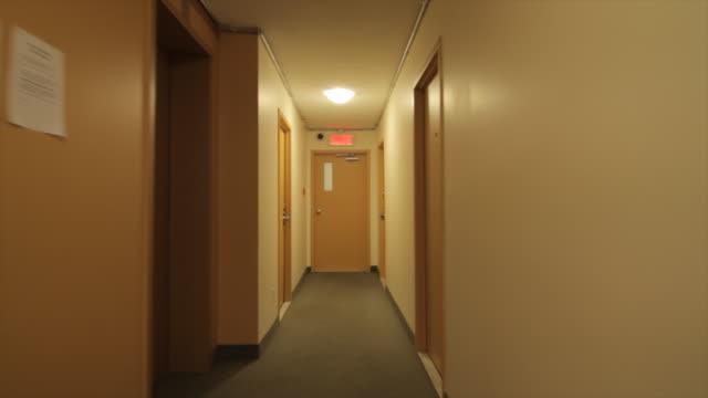 Couloir Appartement – Vidéos 4k et rushes HD - iStock