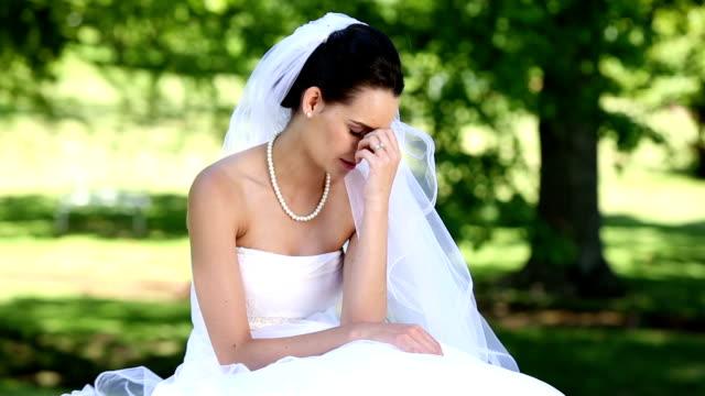 Upset bride crying video