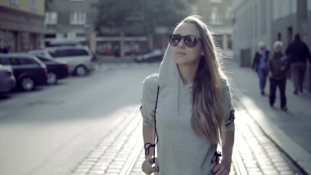 Urban girl in Vienna video