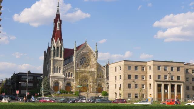 abd yaz gün philadelphia saint francis xavier kilise 4k pennsylvania - fransa kralı i. fransuva stok videoları ve detay görüntü çekimi