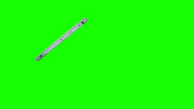 yeşil ekranda kullanılan vintage ölçü aracı animasyonu, editörler için renk anahtarı - bahçe ekipmanları stok videoları ve detay görüntü çekimi