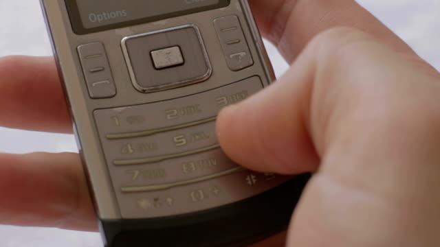 古い電話を使用して、 - 古風点の映像素材/bロール