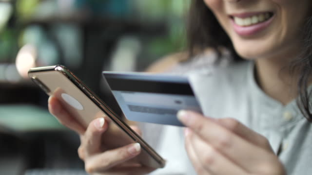 Using Credit card online, Online shopping