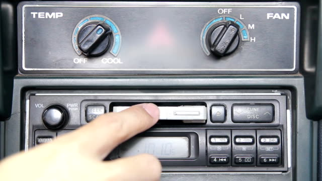 HD : using tape cassette a car video