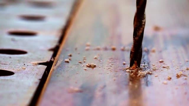 using tools on a word bench in slow motion - drewno tworzywo filmów i materiałów b-roll