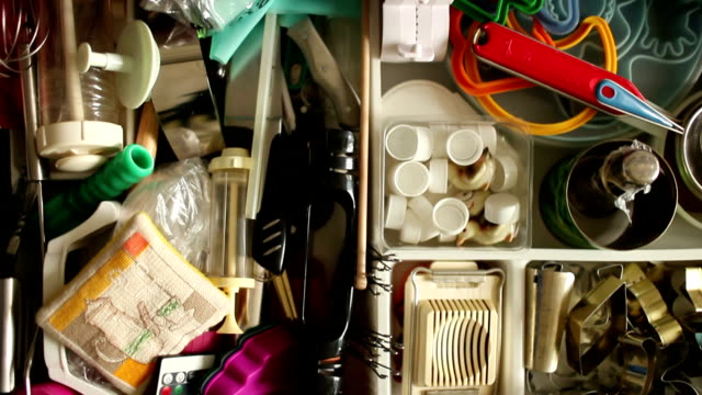 utensils in kitchen drawer - kitchen situations video stock e b–roll