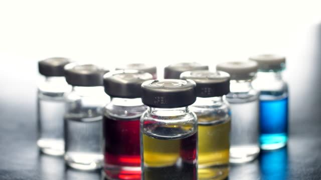 aşı şişesi - doping stok videoları ve detay görüntü çekimi