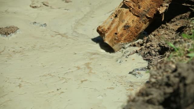 Vakuum Ausgrabungen Truck entfernt Boden Slurry – Video