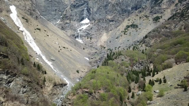 valbondione, bergamo, italy. drone aerial view of the serio waterfalls during spring time with the minimum flow of water. the tallest waterfall in italy - jumping filmów i materiałów b-roll
