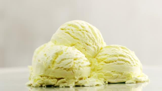 vidéos et rushes de glace à la vanille  - vanille