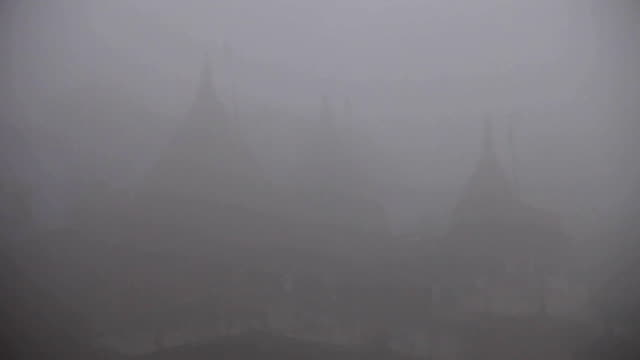 Varanasi Ghats in the Fog video