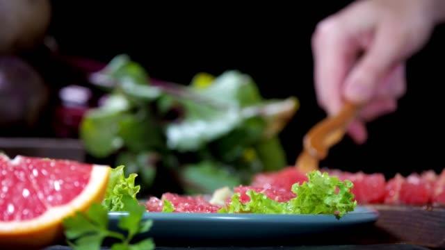 Vegan salad with grapefruit and beet