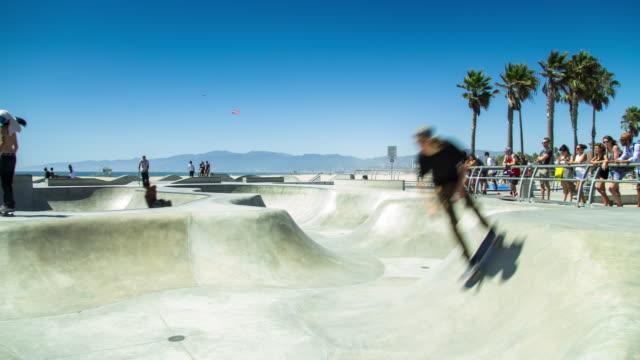 venice beach skate park - tidsfördröjning - skatepark bildbanksvideor och videomaterial från bakom kulisserna