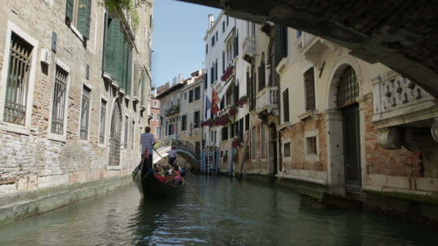 venezia - canale video stock e b–roll