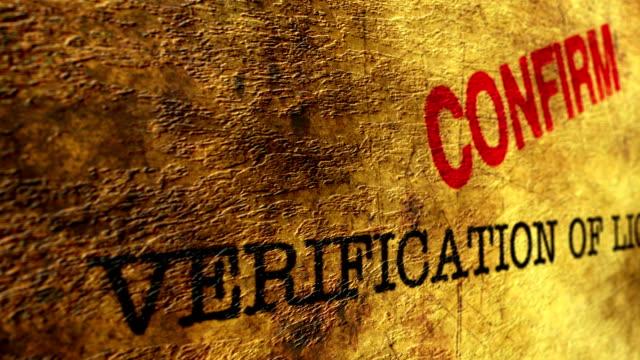 vídeos de stock, filmes e b-roll de verificação de licença confirmar - validação