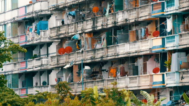 PATTAYA, THAILAND - December 16, 2017: Very poor area of the city where the poor and the poor live. Dirty and not well-groomed house for the poor PATTAYA, THAILAND - December 16, 2017: A very poor area of the city where the poor and the poor live. Dirty and not well-groomed house for the poor tanzania stock videos & royalty-free footage