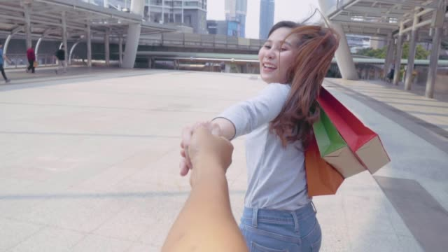 Video 4k: Let Go Shopping.