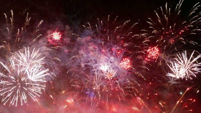 Video of amazing fireworks in 4K