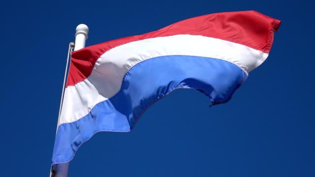 stockvideo's en b-roll-footage met video van de nederlandse vlag in 4k - eindhoven