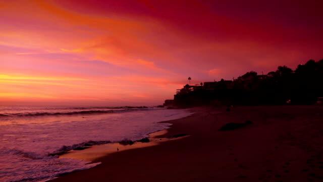 stockvideo's en b-roll-footage met video van zonsondergang in californië echte vertraagd - westelijke verenigde staten