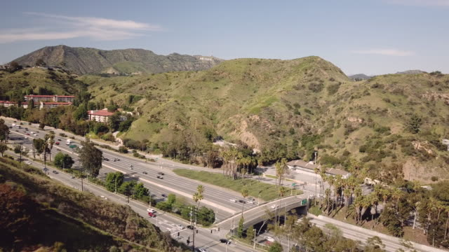 4K Video of the Hollywood freeway 101 over a sunny day