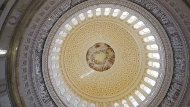 video skott i washington dc inside capitol - dom bildbanksvideor och videomaterial från bakom kulisserna