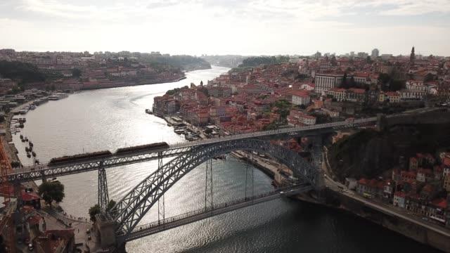 vídeos de stock e filmes b-roll de view of center of porto city - portugal