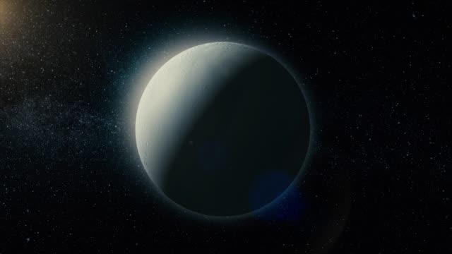 widok na enceladusa, jeden z księżyców saturna. elementy tego dostarczonego przez nasa - io księżyc filmów i materiałów b-roll