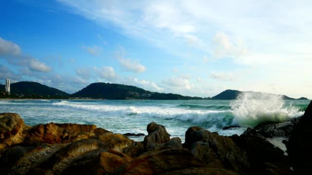 Vue des paysages marins. Point de vue de mer de Patong à Phuket, Thaïlande sur 20 juin 2018 - Vidéo