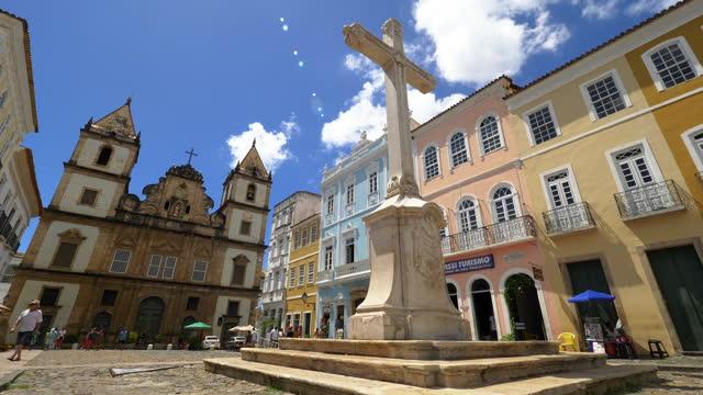 サルバドールダウンタウン、バイア、ブラジルへの眺め - ブラジル文化点の映像素材/bロール
