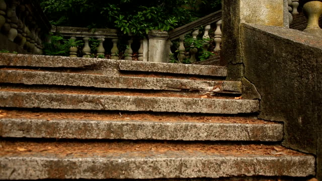 vintage balusters. staircase of the old palace - balaustrata video stock e b–roll