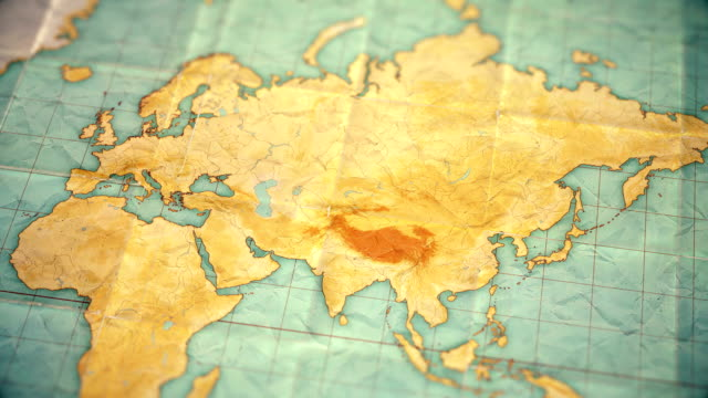 vintage sepia colored world map - zoom in to asia - blank version - rosja filmów i materiałów b-roll