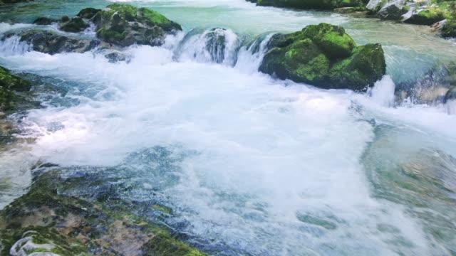 ヴィントガー渓谷、トリグラフ国立公園、ジュリアンアルプス - スロベニア点の映像素材/bロール