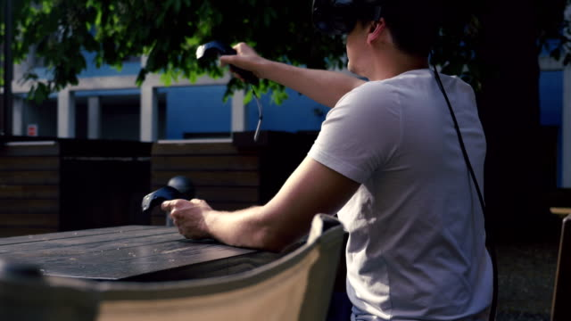 Virtual Menu Selection with Motion Sensing Controllers 4 video