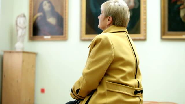 Visit Art Gallery