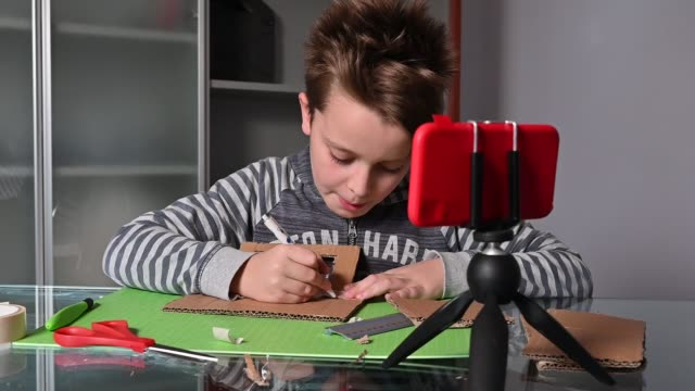 Vlogging - Child