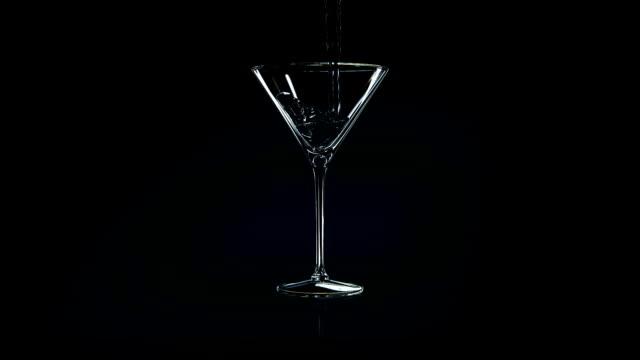 martini vodka 3d - martini video stock e b–roll