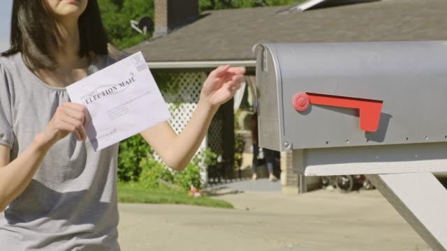 rösta med e-post - skicka aktivitet bildbanksvideor och videomaterial från bakom kulisserna
