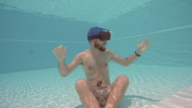 Vr headset sensory experience underwater video