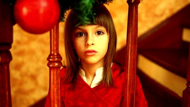 stockvideo's en b-roll-footage met waiting for santa claus - christmas tree
